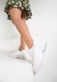 Renee - Białe Sneakersy Brethose. Kolor: biały. Materiał: nubuk, syntetyk