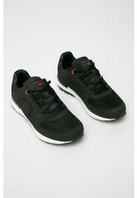 Czarne sneakersy Cross Jeans na sznurówki, z okrągłym noskiem, z cholewką