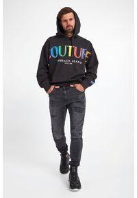 Versace Jeans Couture - BLUZA VERSACE JEANS COUTURE. Typ kołnierza: kaptur. Materiał: bawełna. Wzór: napisy, kolorowy