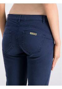 iBlues Spodnie materiałowe Lia 71311392 Granatowy Regular Fit. Kolor: niebieski. Materiał: materiał