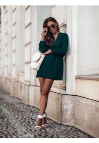 Zielona sukienka wizytowa IVON z dekoltem w serek