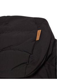 Czarna kurtka puchowa Reima