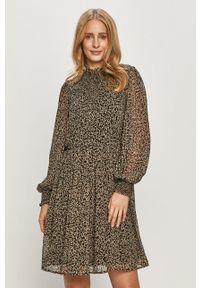 Pieces - Sukienka. Kolor: czarny. Materiał: tkanina. Długość rękawa: długi rękaw. Typ sukienki: rozkloszowane