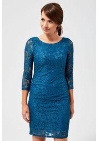 MOODO - Sukienka koronkowa z wiązaniem. Materiał: koronka. Wzór: koronka. Typ sukienki: proste