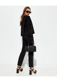 prada - PRADA - Czarne jeansy z wysokim stanem. Stan: podwyższony. Kolor: czarny. Długość: do kostek. Styl: klasyczny