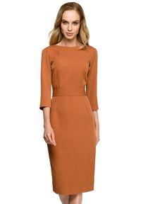 Style - Ołówkowa sukienka z dekoltem na plecach i ozdobnymi guzikami. Typ kołnierza: dekolt w łódkę, dekolt w kształcie V. Materiał: materiał, elastan. Typ sukienki: ołówkowe. Długość: mini