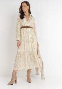 Born2be - Jasnożółta Sukienka Azrael. Kolor: żółty. Długość rękawa: długi rękaw. Wzór: kwiaty, aplikacja, nadruk. Typ sukienki: kopertowe. Długość: maxi