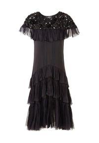 BY CABO - Jedwabna sukienka z szeroką spódnicą CATELYN. Typ kołnierza: kołnierz z falbankami. Kolor: czarny. Materiał: jedwab. Styl: elegancki, klasyczny. Długość: midi