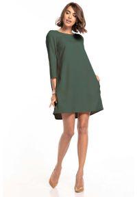 Tessita - Luźna Sukienka Marszczona na Plecach - Khaki. Kolor: brązowy. Materiał: bawełna, elastan