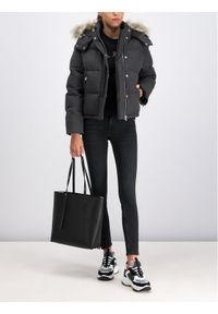 Calvin Klein Kurtka zimowa K20K201512 Szary Regular Fit. Kolor: szary. Sezon: zima