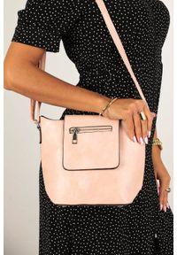 Różowa torebka Casu