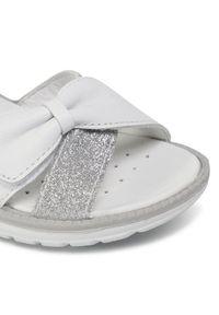 Primigi Sandały 7392000 Biały. Kolor: biały