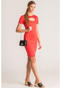 Pomarańczowa sukienka Versace Jeans z aplikacjami, z włoskim kołnierzykiem, mini
