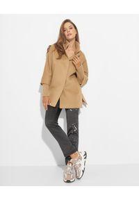 CINZIA ROCCA - Kamelowy płaszcz z dzianinowymi detalami. Kolor: brązowy. Materiał: dzianina