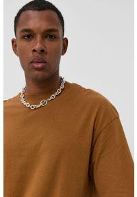 Jack & Jones - T-shirt. Okazja: na co dzień. Kolor: brązowy. Materiał: dzianina. Wzór: gładki. Styl: casual