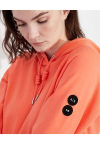 Armani Exchange - ARMANI EXCHANGE - Bluza z kapturem. Typ kołnierza: kaptur. Kolor: czerwony. Materiał: bawełna. Wzór: aplikacja
