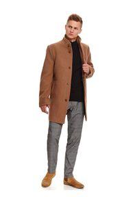 TOP SECRET - Klasyczny płaszcz ze stójką z wełnianej tkaniny. Typ kołnierza: kołnierzyk stójkowy. Materiał: tkanina, wełna. Sezon: zima. Styl: klasyczny #6