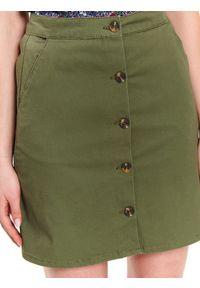 TOP SECRET - Tkaninowa spódnica przed kolano. Kolor: zielony. Materiał: tkanina. Sezon: lato