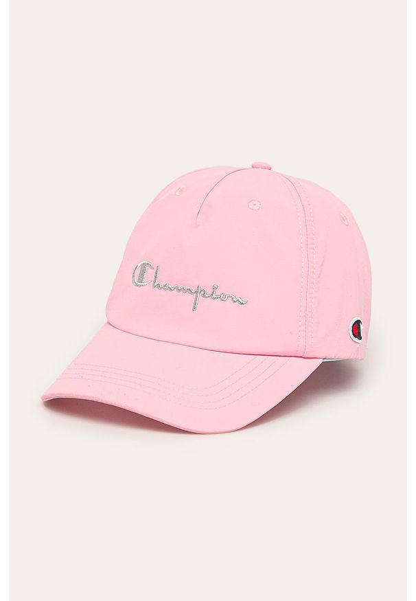 Różowa czapka z daszkiem Champion z aplikacjami