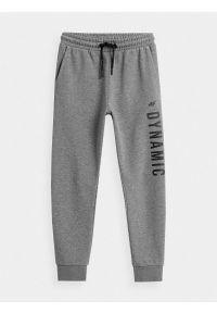 4f - Spodnie dresowe joggery chłopięce. Okazja: na co dzień. Kolor: szary. Materiał: dresówka. Styl: casual