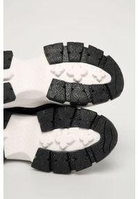 Czarne buty sportowe Answear Lab na średnim obcasie, z cholewką