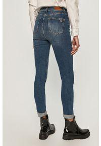 Niebieskie jeansy Silvian Heach klasyczne, z podwyższonym stanem