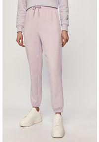 Fioletowe spodnie dresowe only