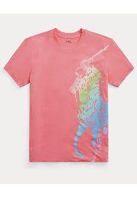 Ralph Lauren - RALPH LAUREN - Różowy t-shirt z graficznym nadrukiem. Typ kołnierza: polo. Kolor: wielokolorowy, fioletowy, różowy. Materiał: tkanina. Wzór: nadruk #5