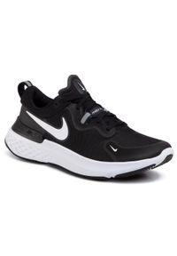 Czarne buty do biegania Nike
