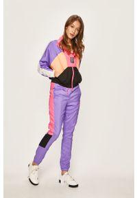 Fioletowe spodnie dresowe Puma