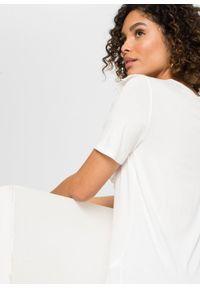 Shirt z ażurowym haftem bonprix biel wełny. Kolor: biały. Materiał: wełna. Wzór: haft, ażurowy