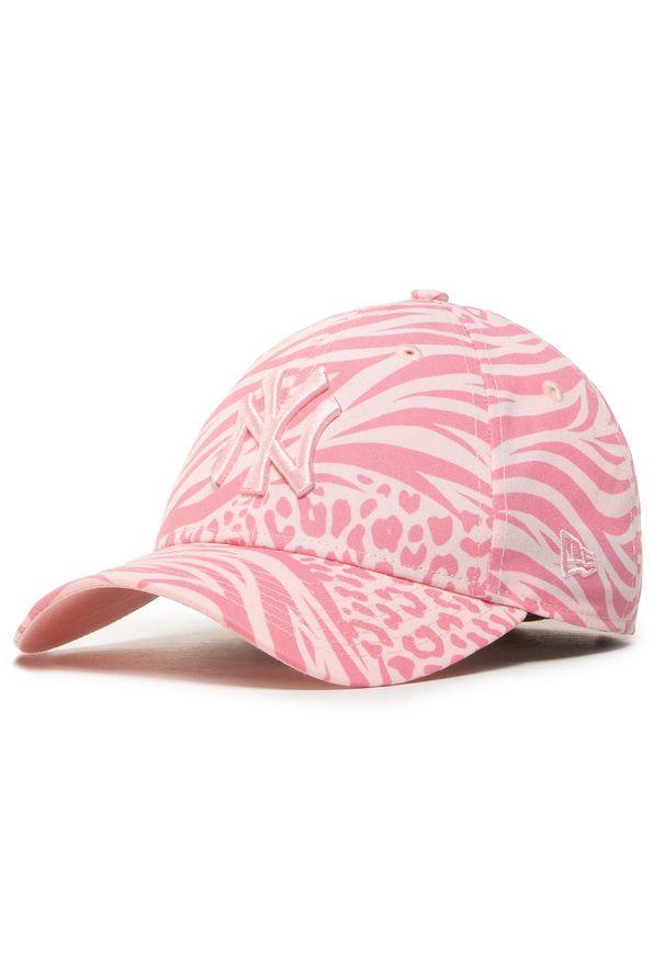 Różowa czapka z daszkiem New Era