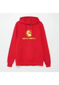 Cropp - Bluza z kapturem Mortal Kombat - Czerwony. Typ kołnierza: kaptur. Kolor: czerwony