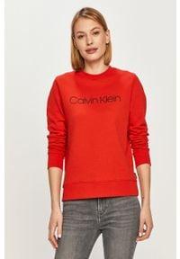 Czerwona bluza Calvin Klein na co dzień, z nadrukiem, casualowa, bez kaptura