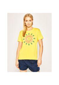 Żółty t-shirt Desigual