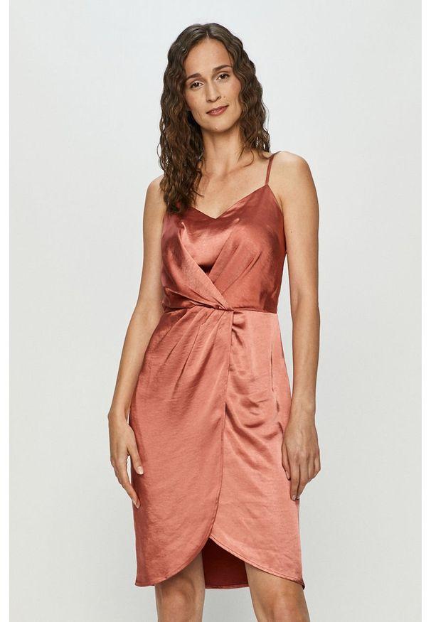 Sukienka Vila na co dzień, na ramiączkach, mini, prosta