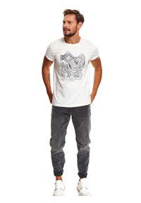 Biały t-shirt TOP SECRET z krótkim rękawem, z nadrukiem, krótki