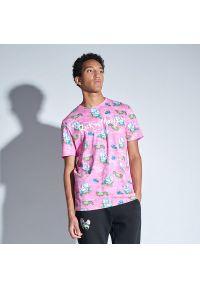 House - Koszulka Rick and Morty - Różowy. Kolor: różowy