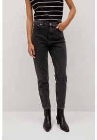 Czarne jeansy loose fit mango