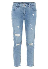 Dżinsy BOYFRIEND w krótszej długości, bawełna organiczna bonprix jasnoniebieski denim. Kolor: niebieski. Długość: krótkie