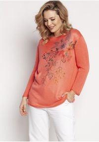 MKM - Lekki Sweter z Kwiatowym Nadrukiem - Koralowy. Kolor: pomarańczowy. Materiał: akryl. Wzór: nadruk, kwiaty