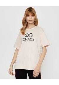 CHAOS BY MARTA BOLIGLOVA - Brzoskwiniowy t-shirt bawełniany z logo. Kolor: beżowy. Materiał: bawełna. Wzór: nadruk