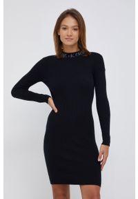 Calvin Klein Jeans - Sukienka z domieszką wełny. Kolor: czarny. Materiał: wełna. Długość rękawa: długi rękaw. Typ sukienki: dopasowane