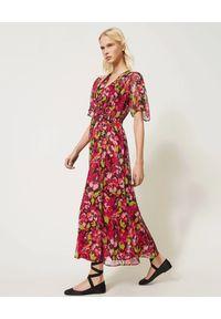TwinSet - TWINSET - Maxi sukienka w kwiatowy wzór. Kolor: czerwony. Długość rękawa: na ramiączkach. Wzór: kwiaty. Sezon: wiosna, lato. Długość: maxi