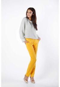 Złoty sweter oversize Nommo