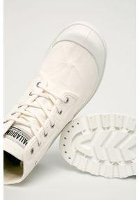 Białe tenisówki Palladium z cholewką, na obcasie, na średnim obcasie