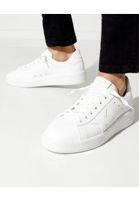 GOLDEN GOOSE - Białe sneakersy ze skóry Purestar. Kolor: biały. Materiał: skóra. Szerokość cholewki: normalna. Wzór: aplikacja