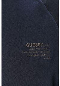 Niebieska bluza nierozpinana Guess z kapturem, na co dzień
