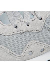 Szare buty do biegania Nike