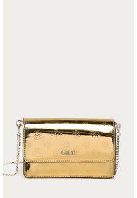 Złota kopertówka Guess na ramię, skórzana